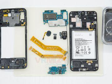 How to disassemble Samsung Galaxy A30 SM-A305