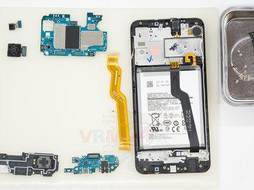 How to disassemble Samsung Galaxy A10 SM-A105